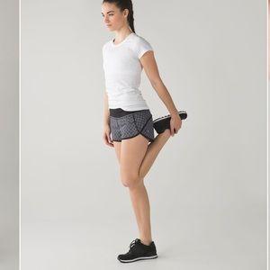 Lululemon Run: Speed Short 4-Way Stretch Black White 8